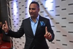 RussellPeters3